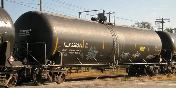 Fluid Tank Supplier Delivers Critical Temp Change Alerts to Line Operators